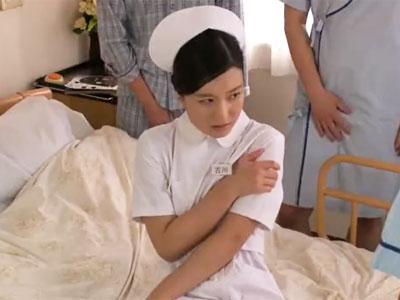 美女看護師が欲求を持て余した患者集団に襲われ抵抗できずザーメン塗れ