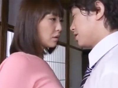 ガチ巨乳の熟女妻が子宮口を叩き込むかのようなピストンで陥落