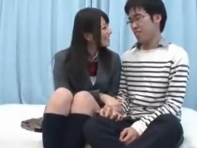 JKコスプレ上原亜衣ちゃんが真性童貞くんを筆下ろし!