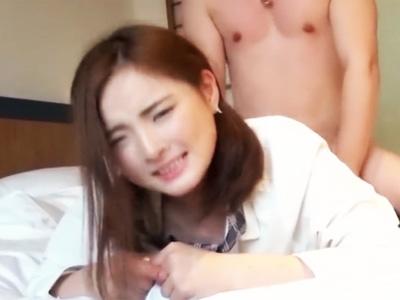 「エッチなこと大好きぃ~」淫乱美少女をホテルに連れ込み中出しハメ撮り