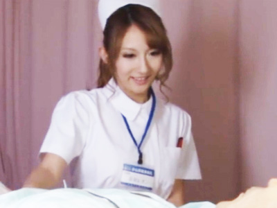 夜勤中にうっかり眠っているところを患者に夜這いレイプされる美人ナース