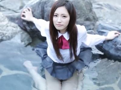 美少女JKが獣のような交尾でヨダレを垂らして潮吹きしまくるスプラッシュSEX