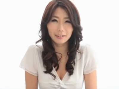 当時28歳の人妻→レジェンド・篠田あゆみの衝撃のデビュー作がこちら