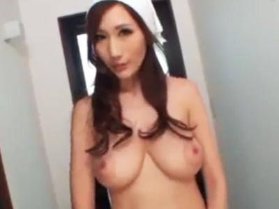 爆乳家政婦が全裸で家事中に雇い主に盛られて性的ご奉仕