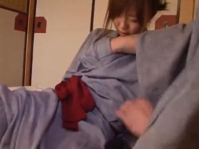 童顔な素人お姉さんとハメまくり旅行→寝起きから濃厚パコ開始