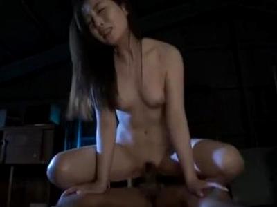 SEXに言葉はいらない…田中みな実似の美女が暗がりでねっとり濃厚パコ