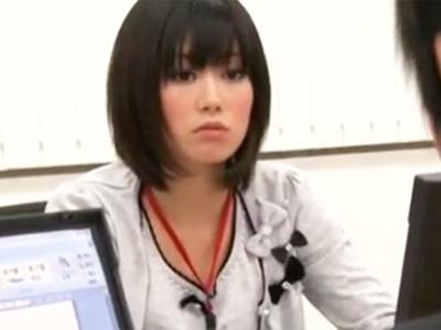 残業で二人きりになった上司のセクハラがエスカレートして犯される美少女OL