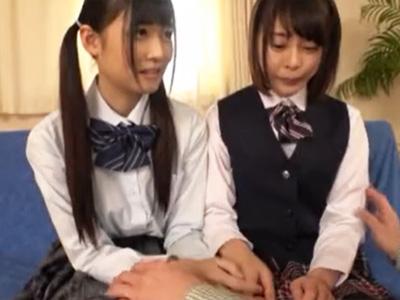 2人の美少女JKの小さな口、マ○コ、アナル、合計6つの穴を1本のチンコで犯す!