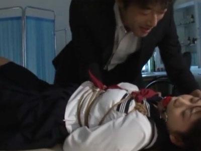 「せんせ‥止めてぇ!」教え子の美少女JKを拘束イラマレイプするガチ鬼畜な教師