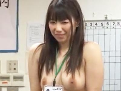 公開健康診断で全裸にされオフィスでハメ倒された巨乳OLが羞恥イキw