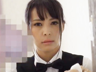 部屋の清掃にやってきた巨乳の家政婦が勃起チンポに発情して顔射セックスw