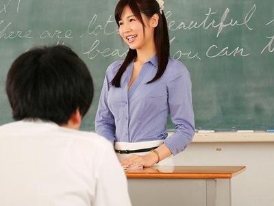 「君をオトナにしてあげる…」新任できた教師はただのド変態だった件