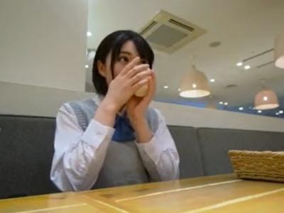 「円光とは怖くてしないもん…♡」初めて円光ハメ撮りしたウブJKの生ハメ撮り