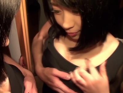 チンポに吸い付く顔と喘ぎ声が天才的に卑猥!SEXするために生まれてきた美女との個人撮影パコ