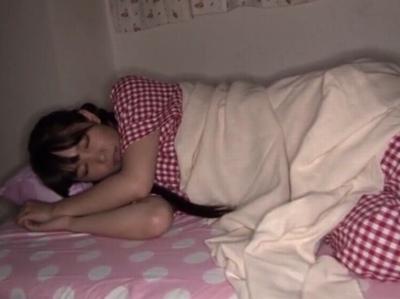 「もっと…もっと逝きたい♡」寝ているロリ妹を毎日調教しながら淫語を喋らせる鬼畜兄