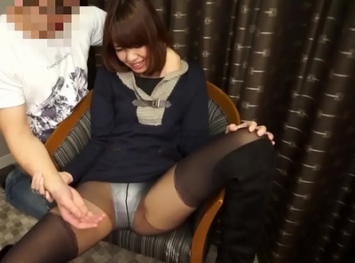 仙台でナンパした美人妻さん!一緒に牛タンを楽しんだ後にネットリ不倫で大量顔射