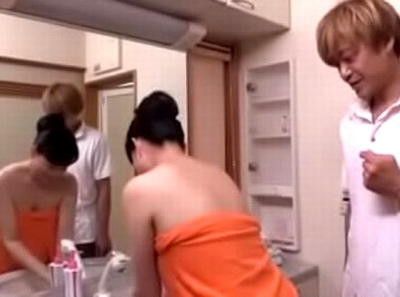 義母の風呂上り姿にドキドキ…嫁よりもドストライクなムッチリ熟女とドロドロ近親相姦w