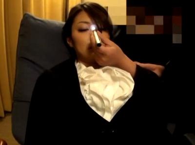 美人なホテルコンシェルジュに催眠プレイ→ド変態になった美女が完堕ちハメ撮り