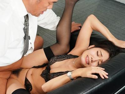 「社長ぅ…ぃい!イクぅー♡」ネットリ絶倫社長の汗と精子に塗れた中出し放題美人秘書