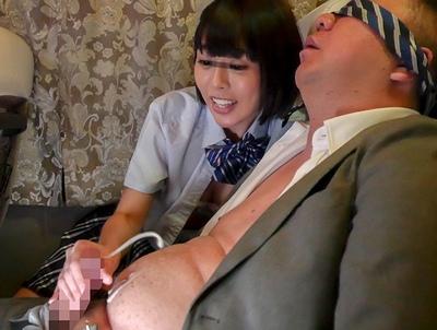 「わぁ~オジサンすっごぃ♡」夜行バスの暗がりの中、痴女JKに淫語で責められながら無限射精w