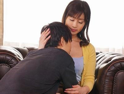 「親子だけど…いいじゃない♡」いじめられっ子の息子がDQN同級生にわざとママを寝取らせる!