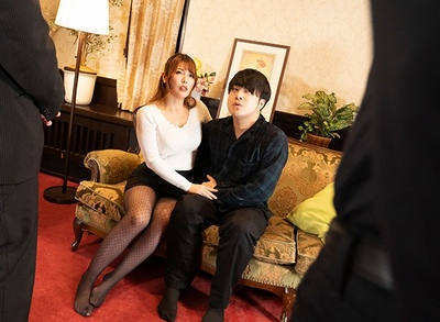 ドS妻とM夫。夫が浮気バレ→催眠術で復讐しようとしたが…あまりにもかかり過ぎた妻が暴走痴女化w