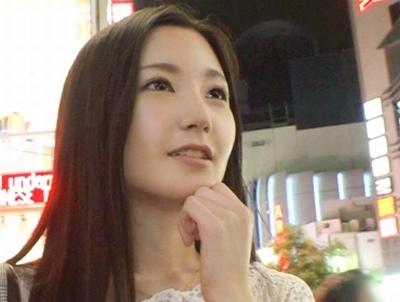 関西では名の知れたナンパ待ちの常連の女子大生が…上京してきた男たちを食い漁りw
