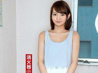 正統派な19歳美少女を素人くん宅へ→少しギャルっぽさが残りながらもウブなSEXを魅せるガチ天使