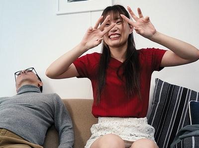 驚愕!憑依オジさんが彼女の身体を乗っ取って彼氏と代理SEX撮影w