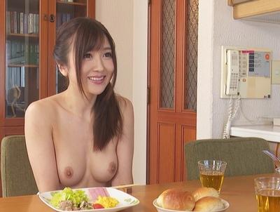 身の回りの世話はもちろんシモの世話まで完璧にこなしてくれるダッチドール!