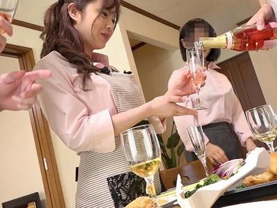 オレは見てしまった…妻の会社の飲み会映像で野郎共の餌食されてる妻を!