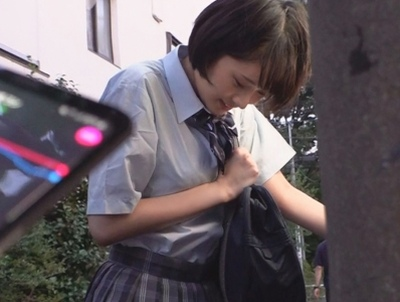 純粋な18歳素人JKにリモバイ装着!野外で調教しながらパコりまくりw