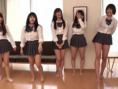 生まれてから人生初めて金蹴りを行う美少女たちの反応がこちらですw
